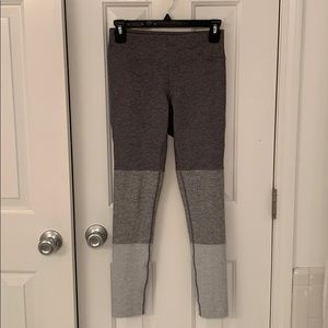 Outdoor Voices workout leggings, size Small, gray